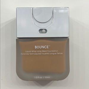 Beauty Blender Bounce Foundation (Shade 4.10)